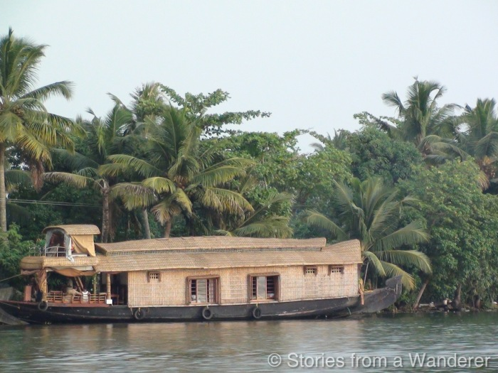 God's Own Country: A day on Houseboat